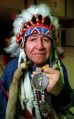 SIOUX_CHIEF